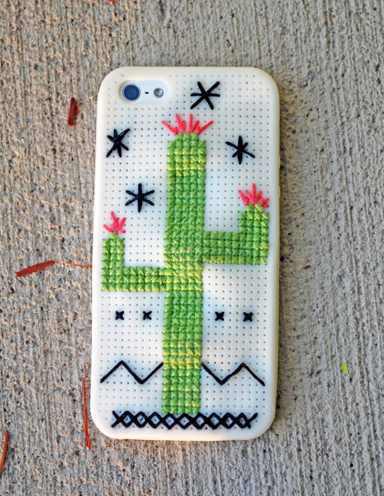 My New Cross Stitch Phone Case (1/2)