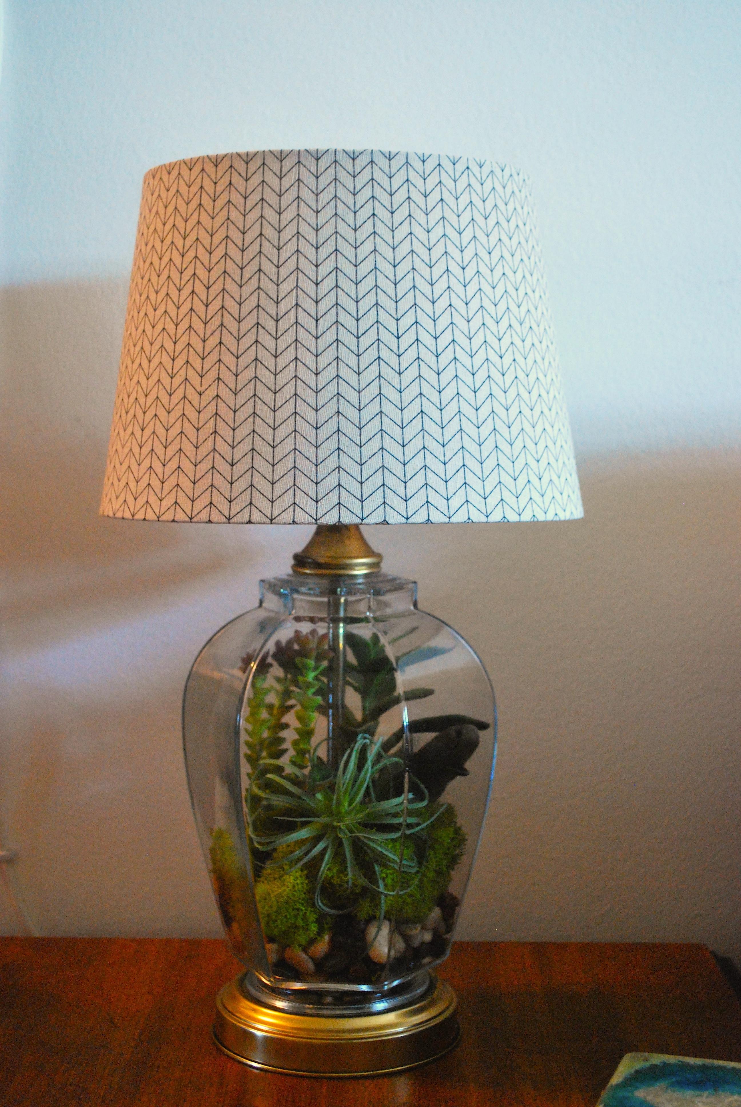 Terrarium Lamp | Peppermints & Honey Bees